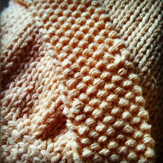 Putting the finishing touches on this birthday gift... I kind of like the wrong side of the strap better than the right! Buttonholes are a little wonky, but that's the nature of #handmade right? #knitstagram #instaknit #handknit #babyknits #knitterproblem