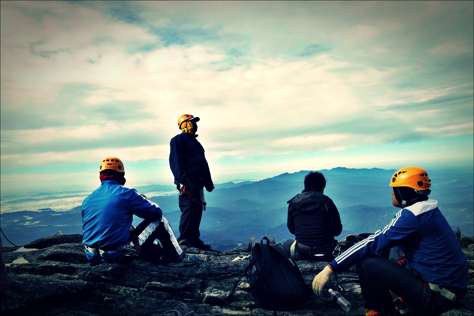 준비-'키나발루 산 비아 페라타.  The highst Via Ferrata Kinabalu mountain '