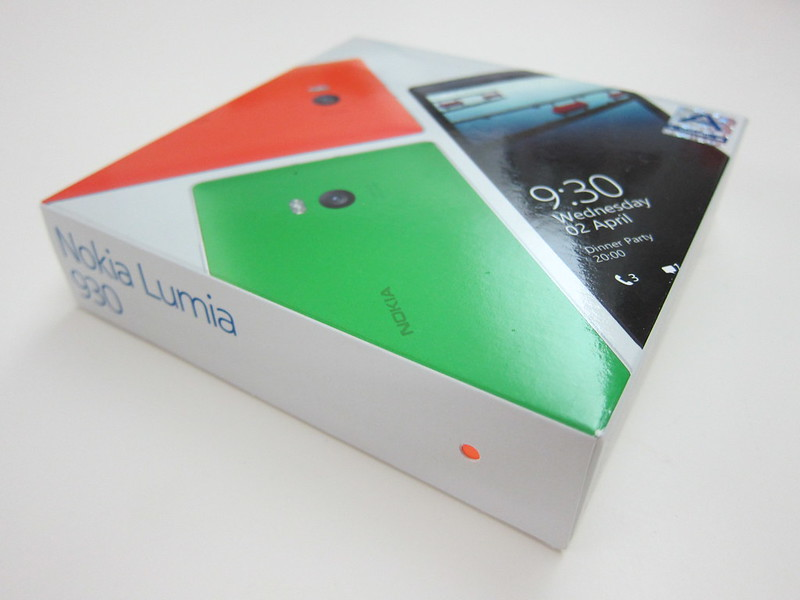 Nokia Lumia 930 - Box