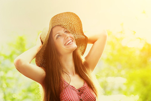 Dr. Joel Schlessinger explains the link between vitamin D and your skin