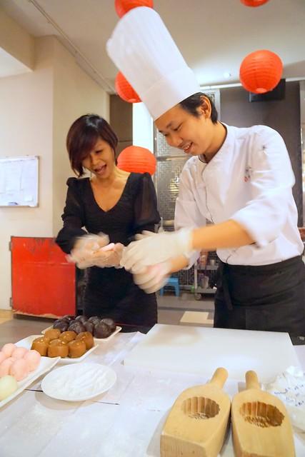 mooncakes 2014 - tai thong durian mooncakes