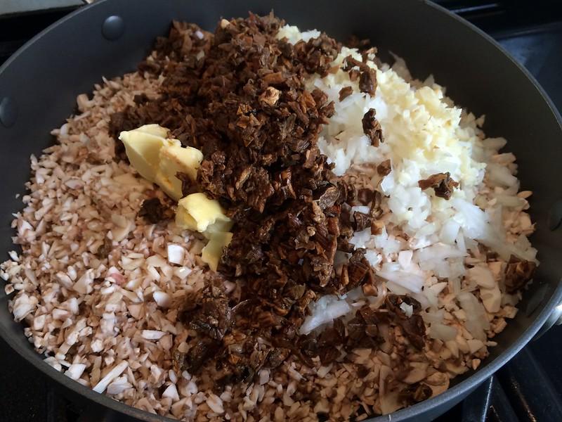 Beef Wellington : Add the Porcini