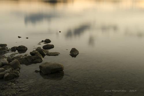 sunset water landscape atardecer agua nikon dam pantano reservoir alava gamboa euskadi embalse araba ullibarri garaio d5100