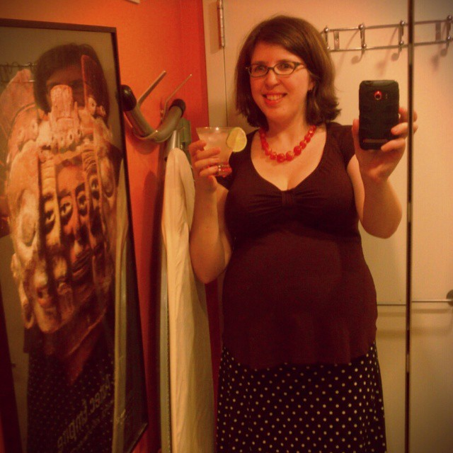 All set for my 2-day #sewcation w/ mocktail in hand & a #memade #maternity outfit (Burdastyle top I maternitized in 2010 + self-drafted half circle skirt). #sewing
