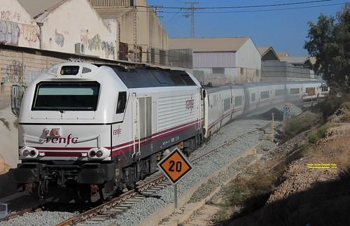 Alicante. Entrada de Talgo.
