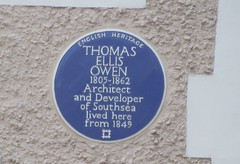 Photo of Thomas Ellis Owen blue plaque