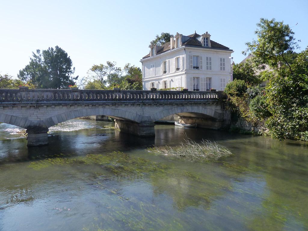 Trans à Auxerre Pour Sexe Ss Attache