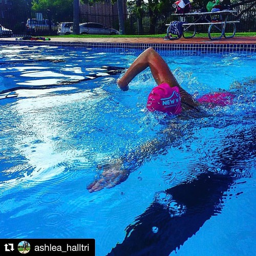 Where in the world is the New Wave Swim Buoy now? Fit life Health Club, Cooranbong, Australia 💙❤️💙 . . #Repost @ashlea_halltri with @repostapp ・・・ Monday morning swim feels 🏊♀️🙌 Love hate relationship with