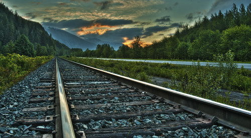 sunrise canon tracks railway hdr 60d