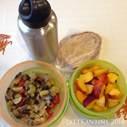 StattKantine 08.07.14 - Backofengemüse, Weizenbrot, Obst