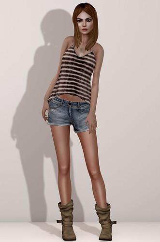 Maitreya BF Jeans Shorts & Ana Top