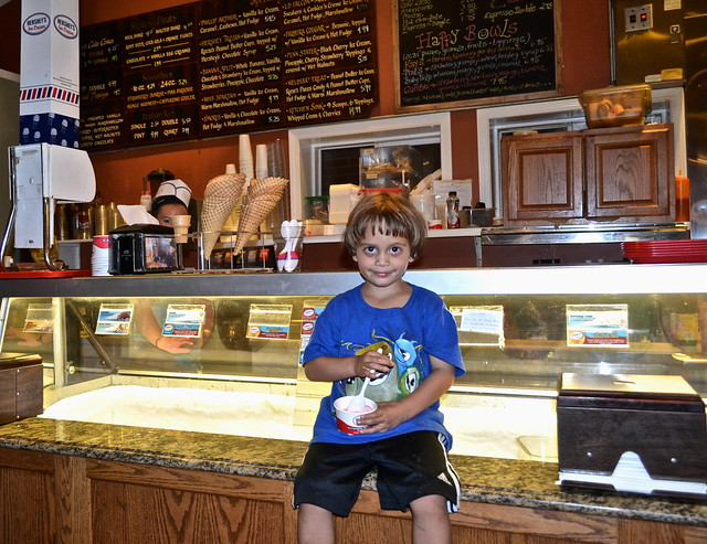 Dessert Time - Fenicci's Restaurant Hershey PA - Ice Cream