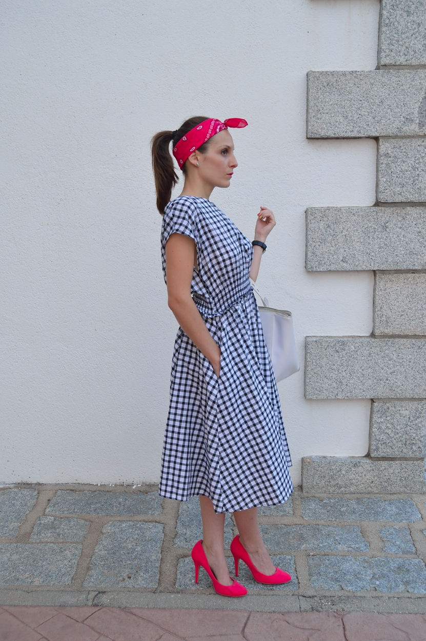 lara-vazquez-madlula-blog-fashion-trends-pin-up-trends-summer
