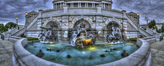 Neptune Fountain Pano
