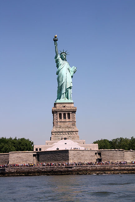 Entire-Bldg-Below-Statue-of-Liberty