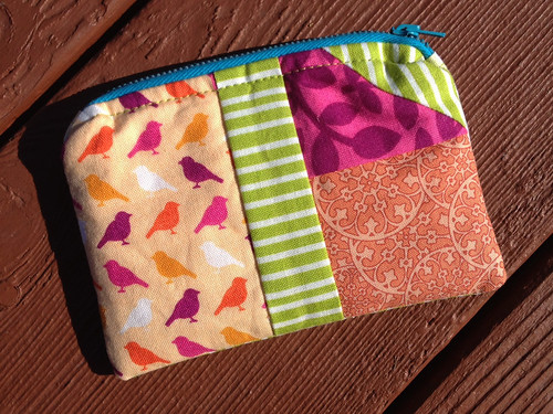 house zipper pouch 2