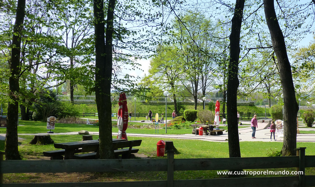 Area recreativa en Bad Aibling con un fantástico MiniGolf