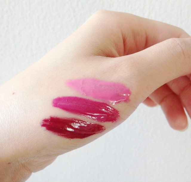 Revlon-Colorstay-Moisture-Stain-swatches, lip gloss, lip stain, glossy lips
