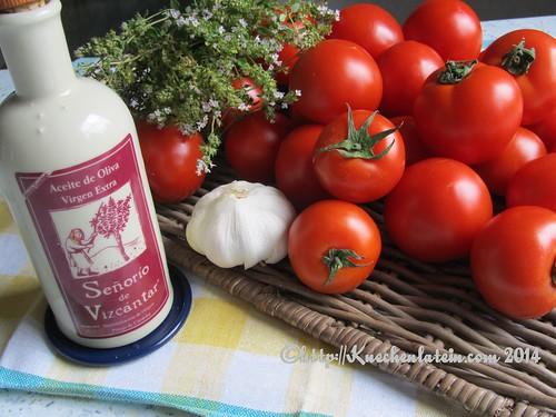 ©Zutaten Ofengeröstete Tomatensauce für den Vorrat
