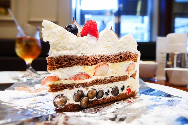 [東京 六本木]–人氣甜點店,完美的千層–HARBS