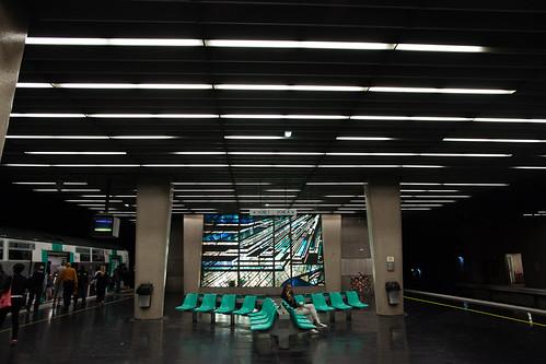 RER, La Défense, France