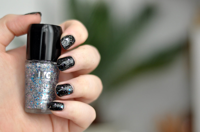 notd nyc lights camera glitter nail polish rottenotter rotten otter blog