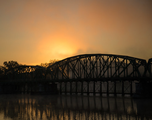morning orange mist fog sunrise horizon schenectady mohawkriver lock8 explored