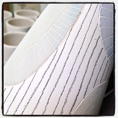 Lines. #pencilmarksmakemyheartbeatfaster #process #porcelain #cups #iusceramics
