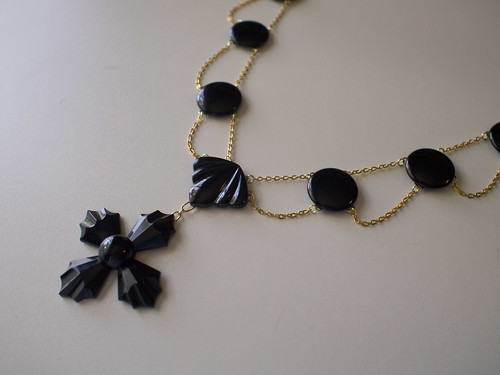 Glass Festoon Necklace