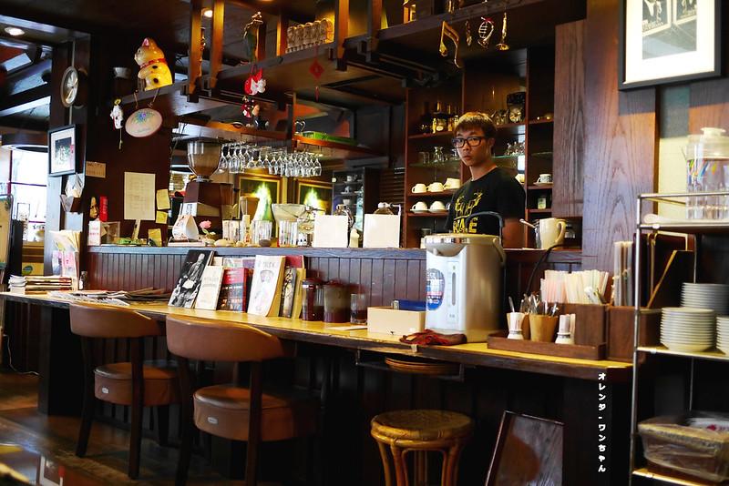15317393035 780a834c77 c - 華泰咖啡‧餐飲 │中區:台中曼巴咖啡創始店~走進三民路二段18巷的1984年