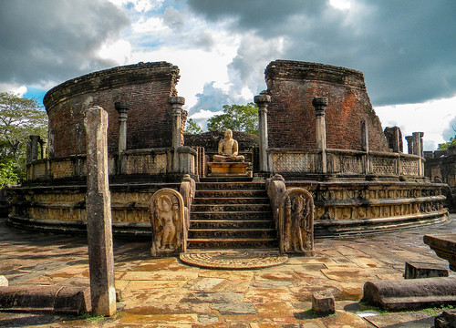 sunset ancient nikon ruins cloudy sri lanka carvings l100