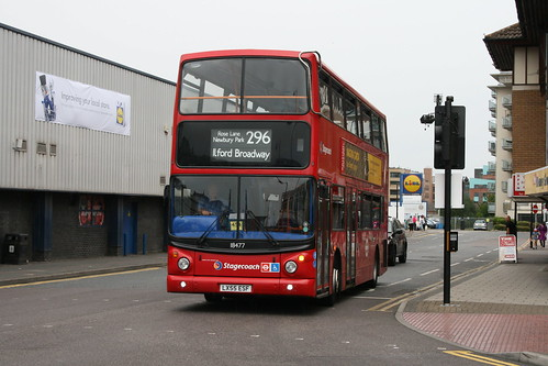 Stagecoach London 18477 on Route 296, Romford Station
