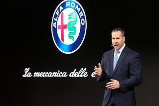Alfa Romeo 2017 Stelvio web 14