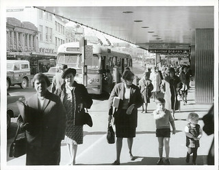 Karangahape Road Shoppers, Auckland