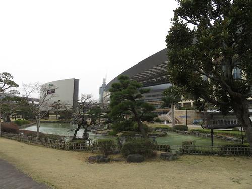 小倉競馬場の日本庭園の池