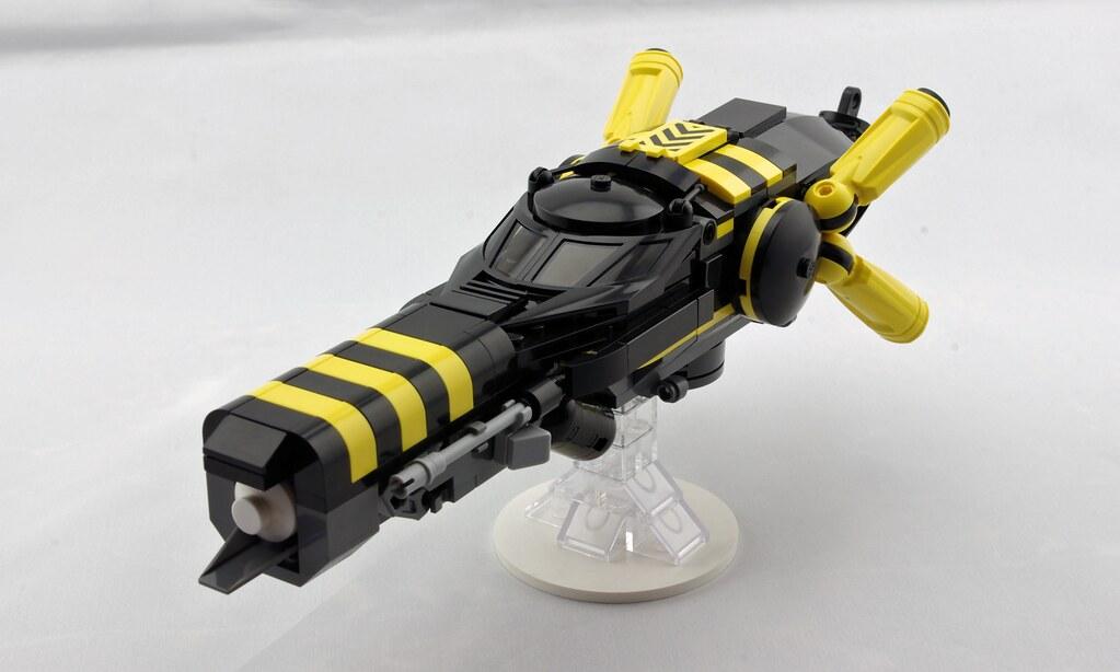 """""""Dragonfly"""" Fighter-Bomber (custom built Lego model)"""