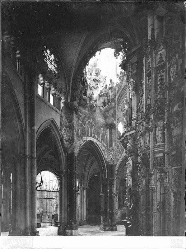 Transparente de la Catedral a comienzos del siglo XX. Fotografía de J. Lacoste © MECD, Fototeca del IPCE, signatura VN-22571_P