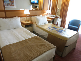 gold011stateroom