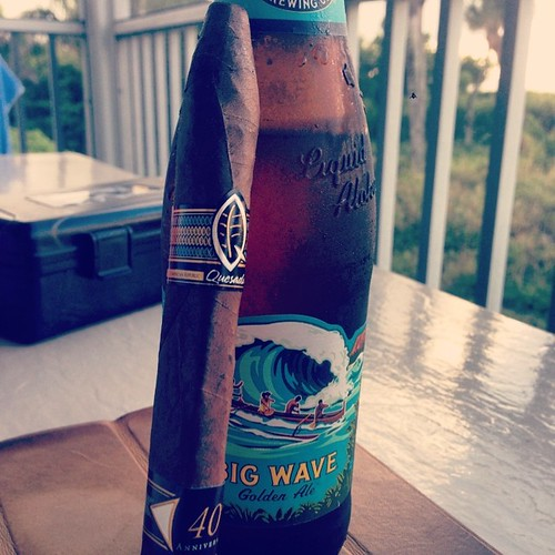 End day two with liquid aloha Big Wave Golden Ale by @konabrewingco and a @quesadacigars 40th Anniversary gifted to me by @capttrips1234