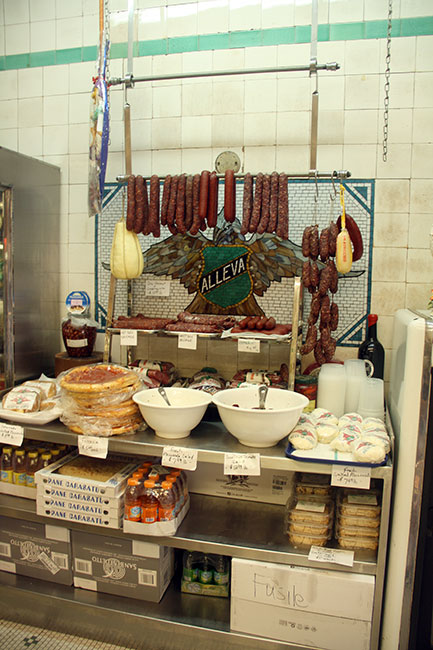 Little-Italy_meat-out