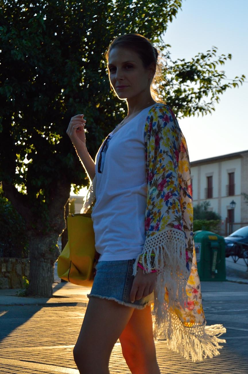 lara-vazquez-madlula-blog-style-fashion-look-sunset-fringes