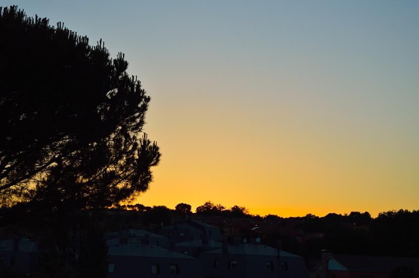 lara-vazquez-madlula-blog-sunset-home