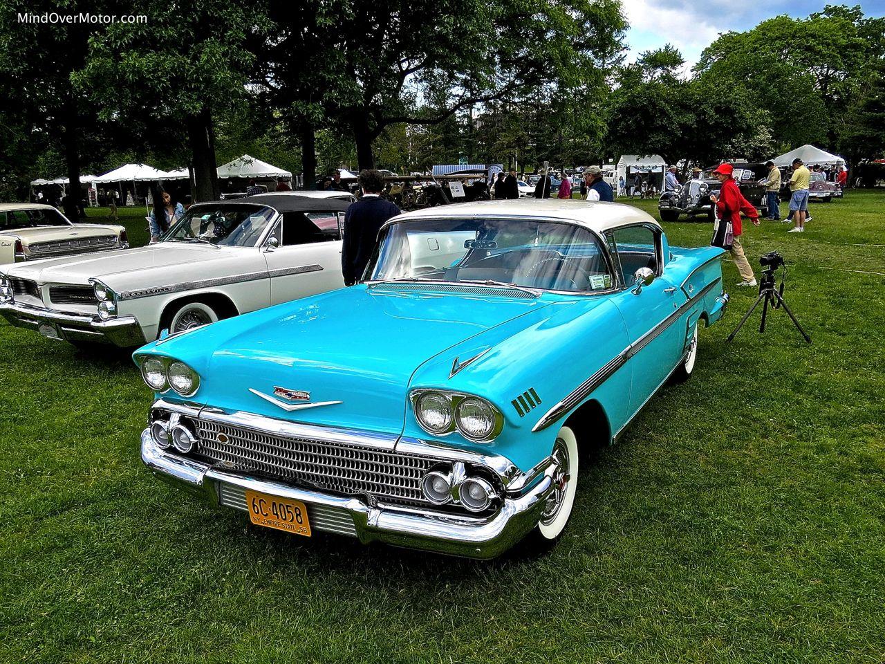 1958 Chevrolet Impala Front