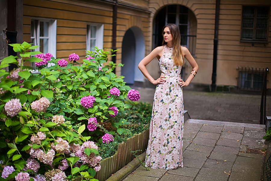 where_to_buy_a_beautiful_printed_maxi_dress