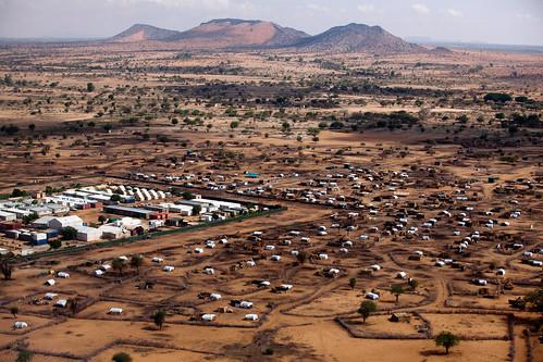sudan aerial farmer refugeecamps idps southdarfur khorabeche unamid
