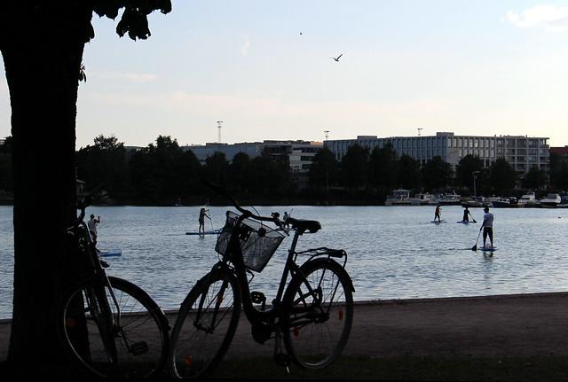 tokoi_bikes_stand_up_paddlers