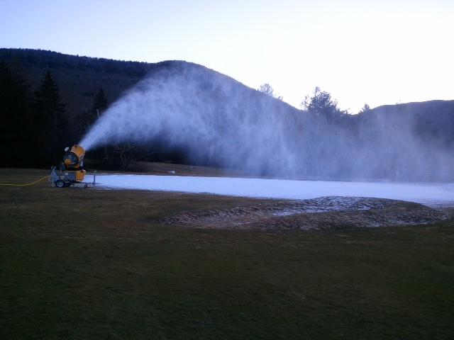 snowmaking at Waterville Valley