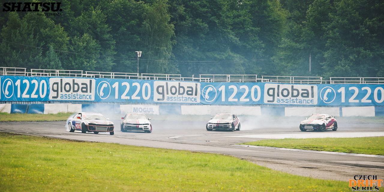 CDS, IDS, Czech Drift Series, International Drift Series, Sosnová, Autodrom, Kristian Oberwahrenbrock, Mirek Duda, Nissan S14, Mitsubishi FTO, Drift Team NRW,