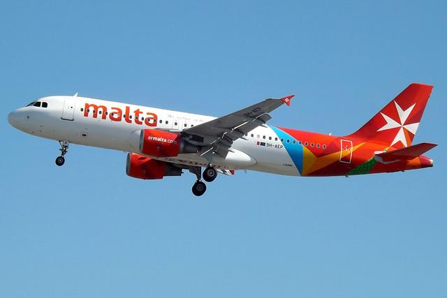 9H-AEP A320 Air Malta