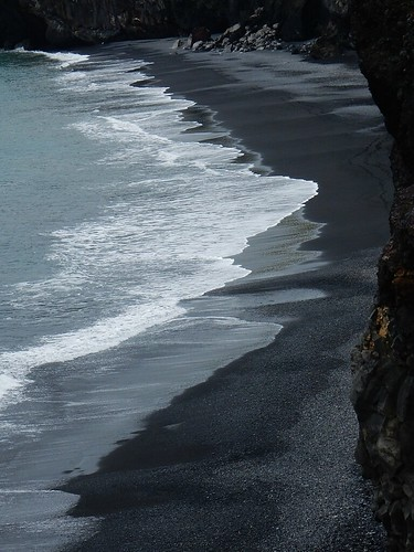 Black Sand at Dyrhóleay